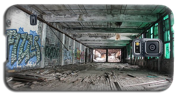 Inside Detroit Packard Plant  Galaxy S5 Case