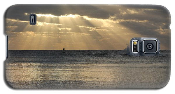 Into Dawn's Early Rays Galaxy S5 Case by Robert Banach