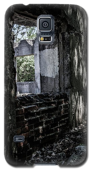 Into The Ruins 4 Galaxy S5 Case