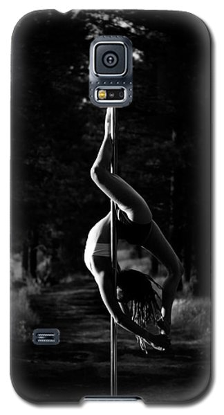 Inverted Pole Dance In Forest Galaxy S5 Case