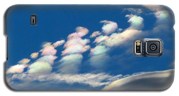 Iridescent Clouds 2 Galaxy S5 Case