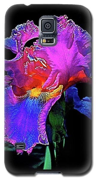 Galaxy S5 Case featuring the photograph Iris 3 by Pamela Cooper