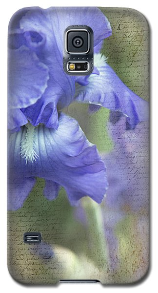 Galaxy S5 Case featuring the photograph Iris Memories by Angie Vogel