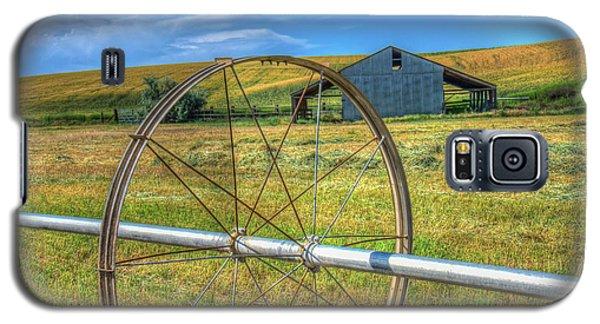 Irrigation Water Wheel Hdr Galaxy S5 Case by James Hammond