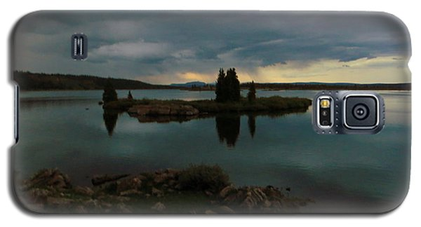 Island In The Storm Galaxy S5 Case