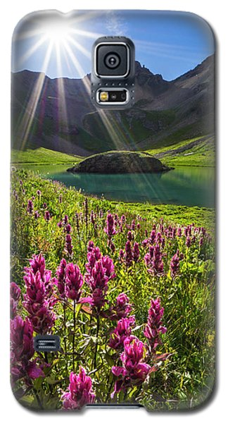 Island Lake Flowers Galaxy S5 Case