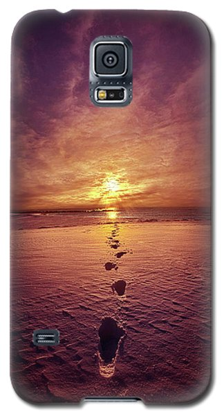 Galaxy S5 Case featuring the photograph It Is Then That I Carried You by Phil Koch