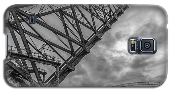 Jackknife Bridge To The Clouds B And W Galaxy S5 Case