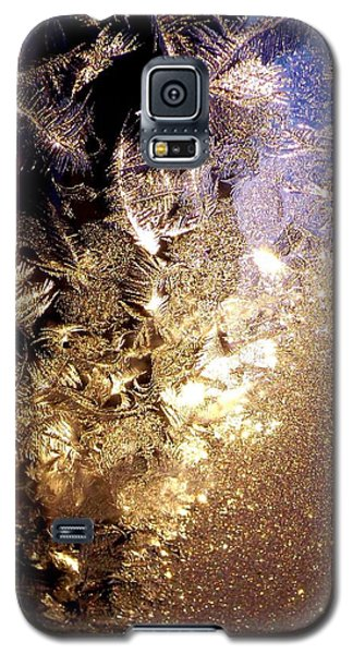 Galaxy S5 Case featuring the photograph Jack's Visit by Danielle R T Haney