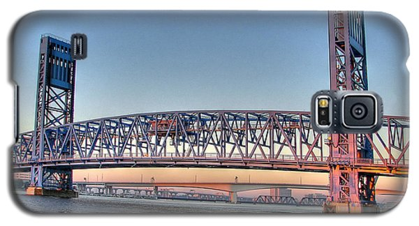 Galaxy S5 Case featuring the photograph Jacksonville's Blue Bridge At Sunrise by Farol Tomson