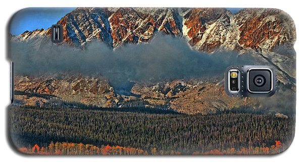 Galaxy S5 Case featuring the photograph Jagged Peaks Fall by Scott Mahon