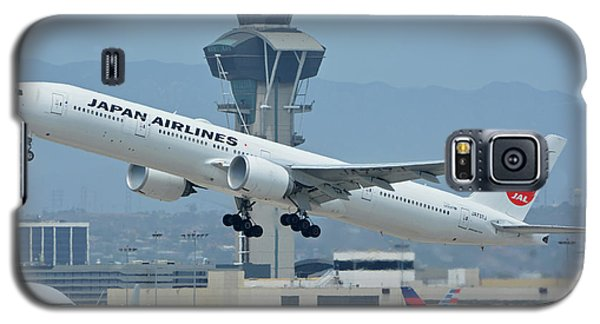 Galaxy S5 Case featuring the photograph Japan Airlines Boeing 777-346er Ja737j Los Angeles International Airport May 3 2016 by Brian Lockett