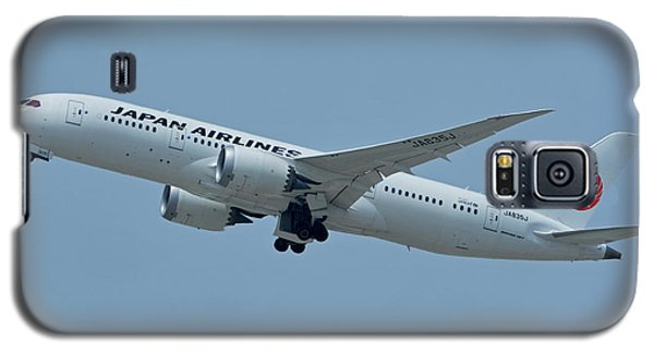 Galaxy S5 Case featuring the photograph Japan Airlines Boeing 787-8 Ja835j Los Angeles International Airport May 3 2016 by Brian Lockett