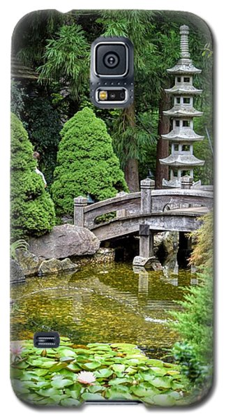 Galaxy S5 Case featuring the photograph Japanese Style Retreat by Mary Zeman