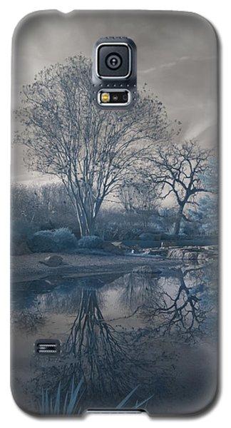 Galaxy S5 Case featuring the photograph Japanese Tea Garden Infrared Left by Joshua House