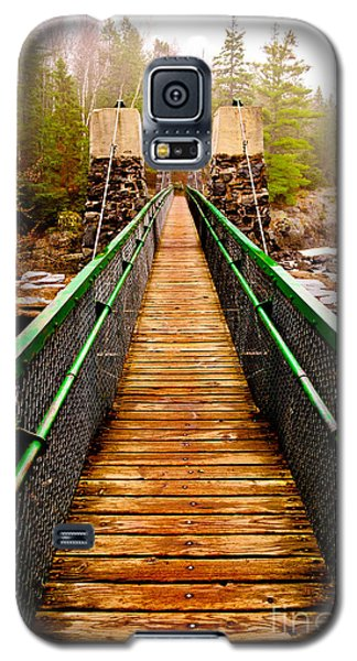 Jay Cooke Hanging Bridge In Fog Galaxy S5 Case by Mark David Zahn