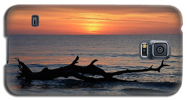 Galaxy S5 Case featuring the photograph Jekyll Island Sunrise 2016d by Bruce Gourley