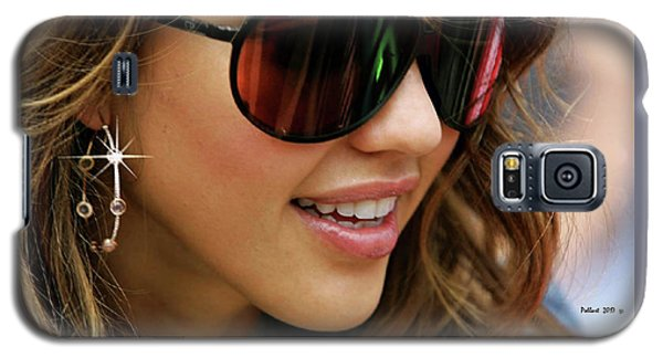 Jessica Alba, Cool Shades Galaxy S5 Case