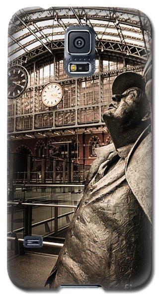 John Betjeman And Dent Clockat St Pancras Railway Station Galaxy S5 Case