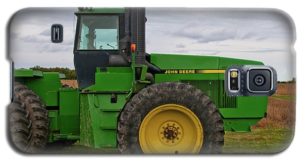 Galaxy S5 Case featuring the photograph John Deere Green 3159 by Guy Whiteley