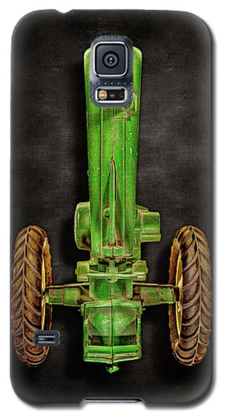 Galaxy S5 Case featuring the photograph John Deere Top On Black by YoPedro