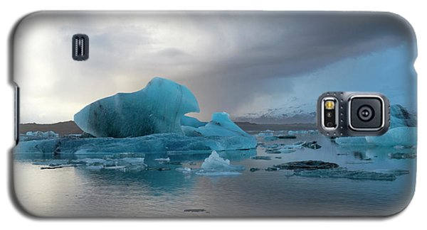 Galaxy S5 Case featuring the photograph Jokulsarlon, The Glacier Lagoon, Iceland 4 by Dubi Roman