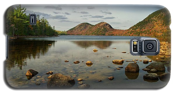 Galaxy S5 Case featuring the photograph Jordan Pond 1 by Arthur Dodd