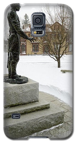 Galaxy S5 Case featuring the photograph Joshua Lawrence Chamberlain Statue, Brunswick, Maine  -50415 by John Bald