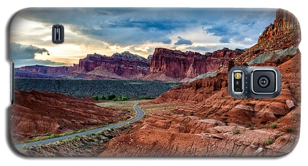 Journey Through Capitol Reef Galaxy S5 Case