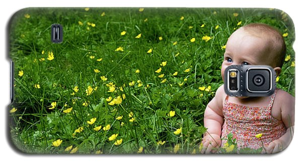 Joyful Baby In Flowers Galaxy S5 Case
