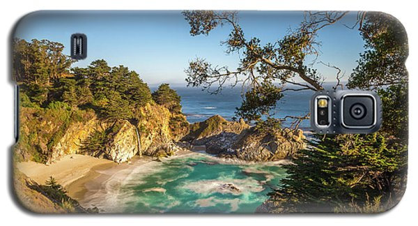 Galaxy S5 Case featuring the photograph Julia Pfeiffer Burns State Park California by Scott McGuire