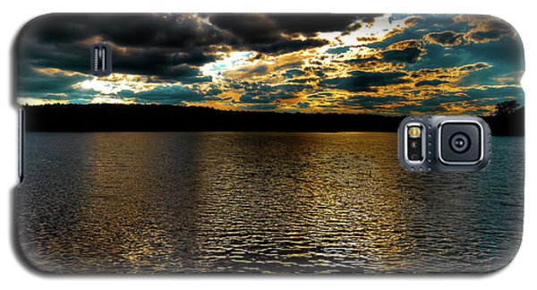 Galaxy S5 Case featuring the photograph June Sunset On Nicks Lake by David Patterson