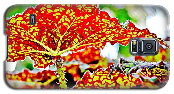 Galaxy S5 Case featuring the photograph Jungle Leaf by Mindy Newman
