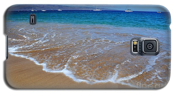 Galaxy S5 Case featuring the photograph Ka'anapali Waves by Kelly Wade