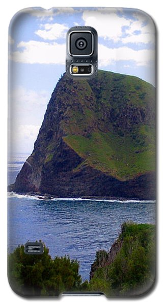 Galaxy S5 Case featuring the photograph Kahakuloa Point- Island Dreaming by Diane Merkle