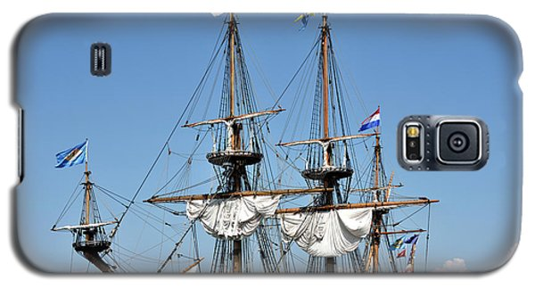 Galaxy S5 Case featuring the photograph Kalmar Nyckel - Docked In Lewes Delaware by Brendan Reals