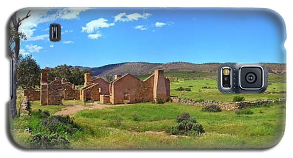 Galaxy S5 Case featuring the photograph Kanyaka Homestead Ruins by Bill Robinson