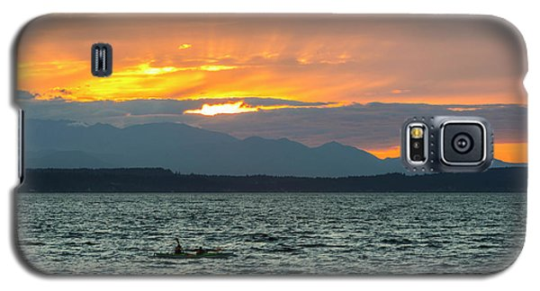Kayaking In The Puget Sound Galaxy S5 Case