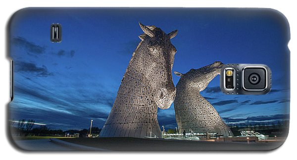 Galaxy S5 Case featuring the photograph Kelpies  by Terry Cosgrave