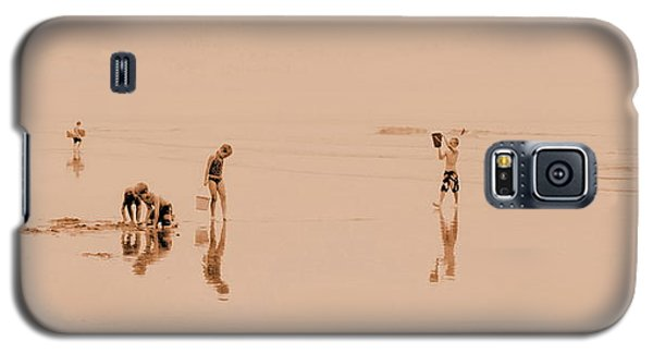 Kids At Play In Sepia Galaxy S5 Case