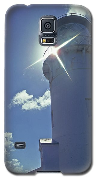 Galaxy S5 Case featuring the photograph Kilauea Lighthouse by Marie Hicks
