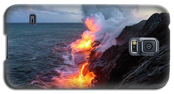 Kilauea Volcano Lava Flow Sea Entry 3- The Big Island Hawaii Galaxy S5 Case by Brian Harig