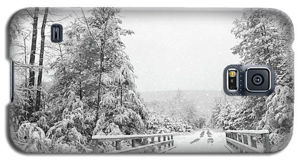 Galaxy S5 Case featuring the photograph Kindness Is Like Snow by Lori Deiter