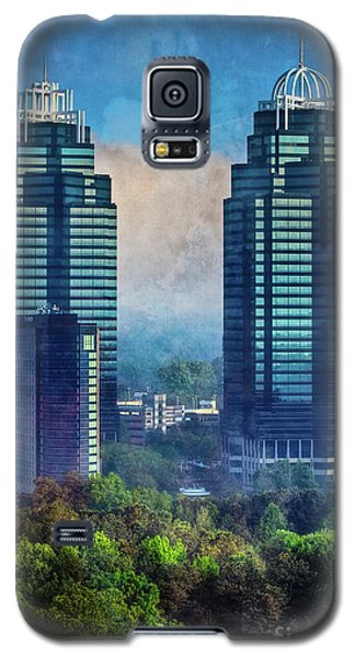 King And Queen Buildings Galaxy S5 Case