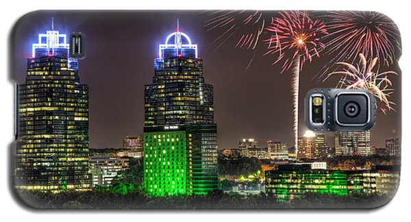 King And Queen Buildings Fireworks Galaxy S5 Case