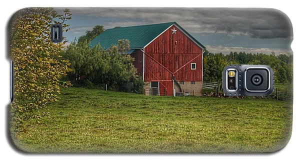 0039 - Kingston's Plain Road Cow Barn I Galaxy S5 Case