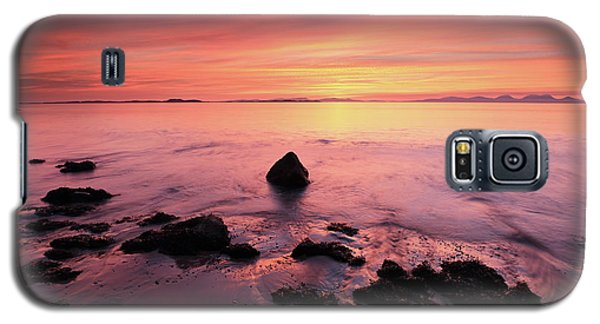 Galaxy S5 Case featuring the photograph Kintyre Rocky Sunset by Grant Glendinning