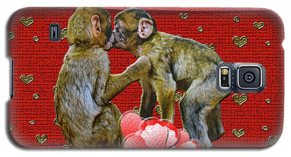 Galaxy S5 Case featuring the photograph Kissing Chimpanzees Hearts by Rockin Docks Deluxephotos