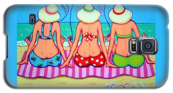 Kite Flying 101 - Girlfriends On Beach Galaxy S5 Case