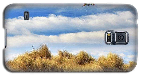 Galaxy S5 Case featuring the photograph Kite Over The Hill by James Eddy